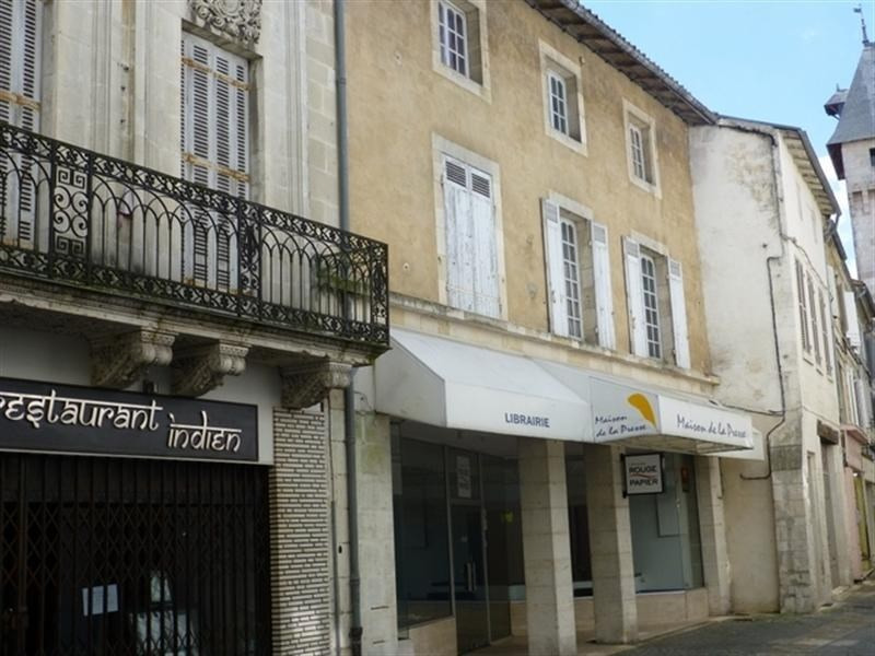 Sale apartment Saint-jean-d'angely 59400€ - Picture 1