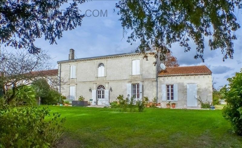 Vente de prestige maison / villa Jau dignac et loirac 890000€ - Photo 1