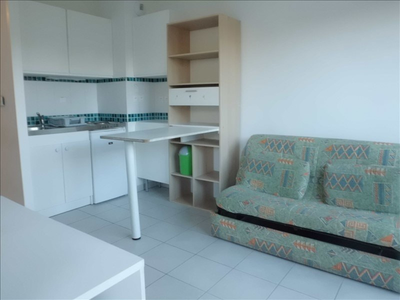 Rental apartment Chambery 371€ CC - Picture 2