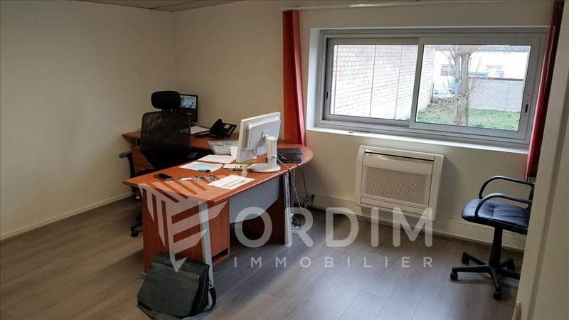 Location local commercial Auxerre 2179€ HC - Photo 3