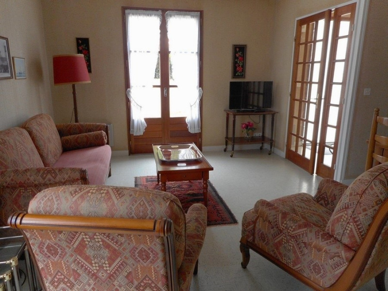Location vacances maison / villa Saint-palais-sur-mer 980€ - Photo 2