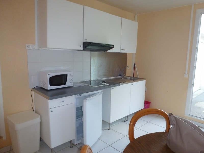 Rental apartment Maurepas 555€ CC - Picture 3