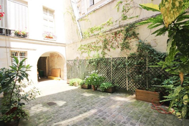 Vente de prestige appartement Paris 4ème 460000€ - Photo 1