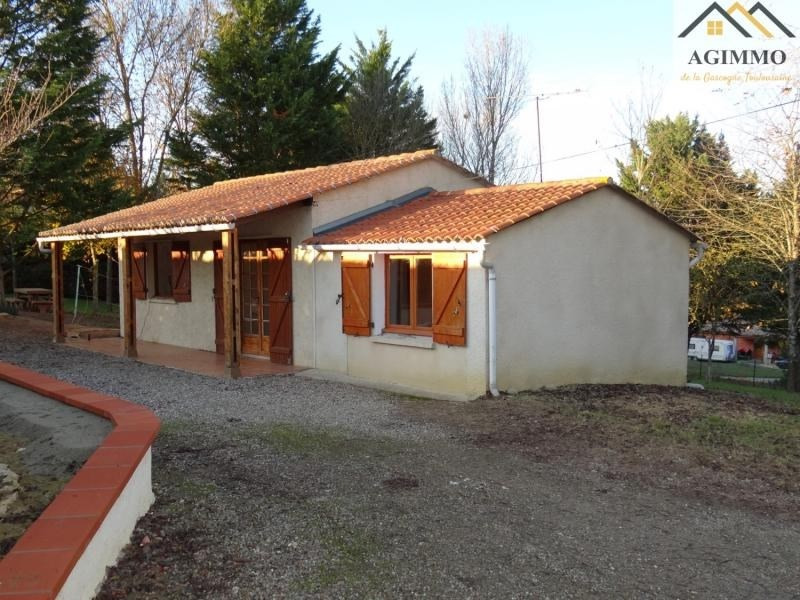 Sale house / villa L isle jourdain 100000€ - Picture 1
