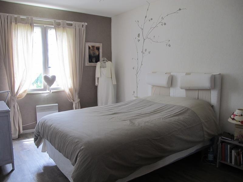 Sale house / villa Ledeuix 190000€ - Picture 1