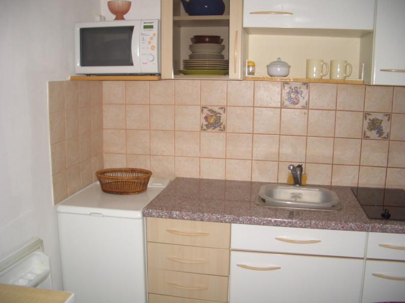 Rental apartment Paris 8ème 1280€ CC - Picture 3