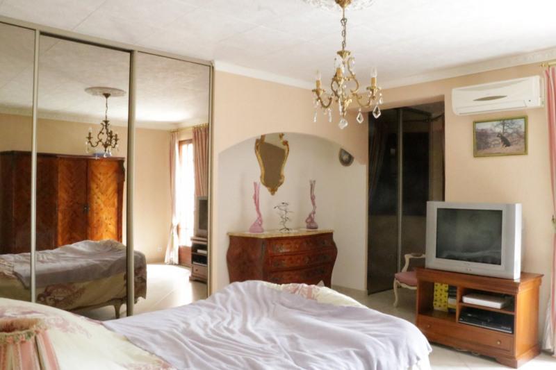Deluxe sale house / villa Le puy-sainte-réparade 745000€ - Picture 9
