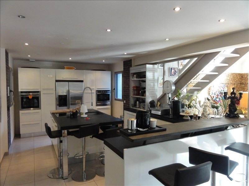 Deluxe sale house / villa Montfort l amaury 1365000€ - Picture 2