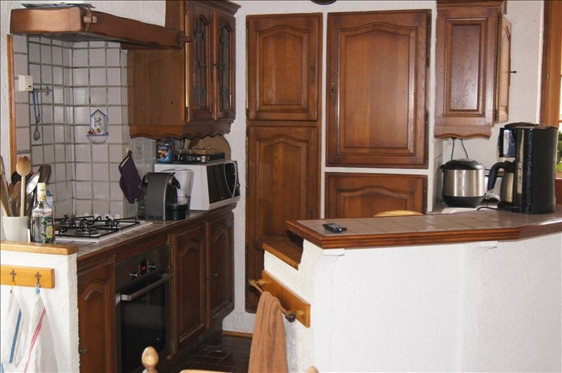 Vente maison / villa Yenne 295 000€ - Photo 4