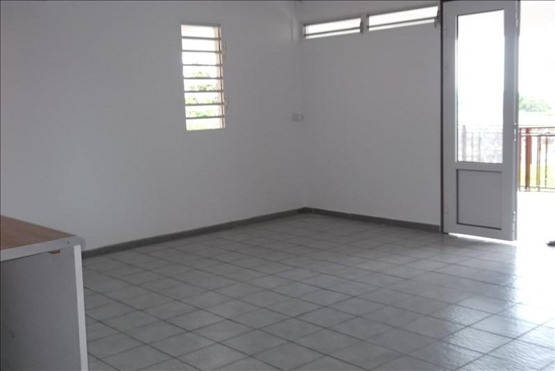 Rental apartment Lamentin 800€ CC - Picture 5