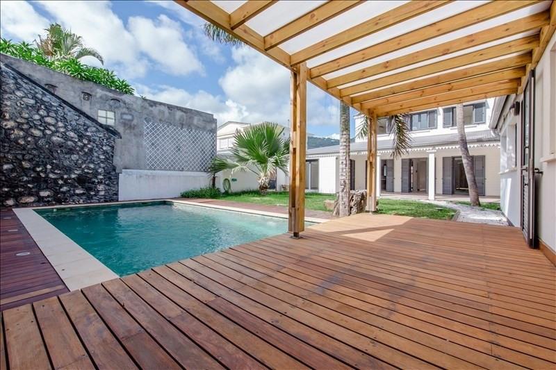 Rental house / villa St denis 3600€ CC - Picture 8