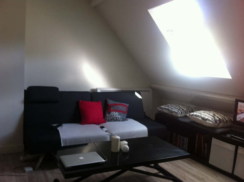 Rental apartment Le chatelet en brie 400€ CC - Picture 1