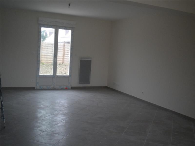 Location maison / villa Ste anne 796€ CC - Photo 2
