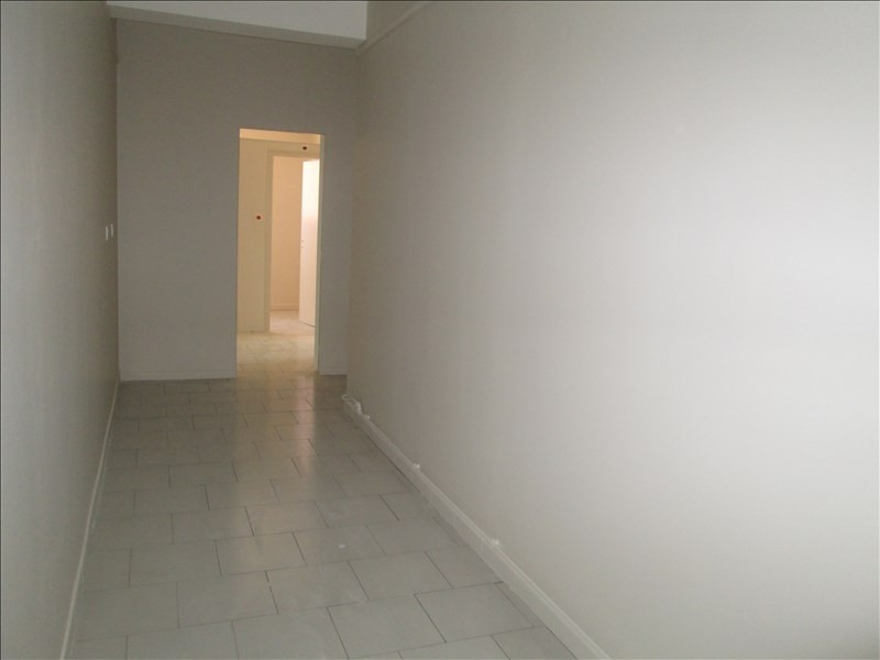 Location local commercial Carpentras 550€ HT/HC - Photo 5