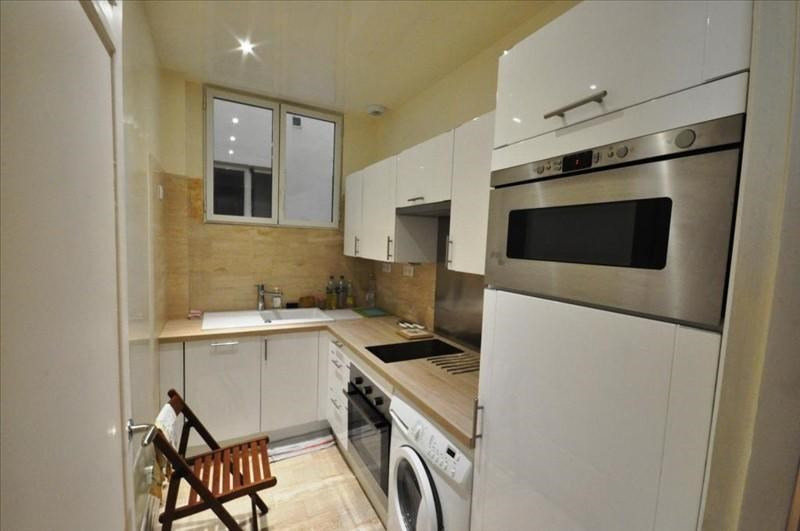 Rental apartment Paris 8ème 2 450€ CC - Picture 6
