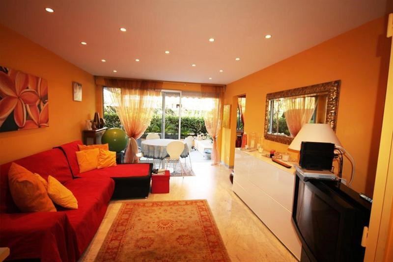 Sale apartment Vallauris 298 000€ - Picture 1