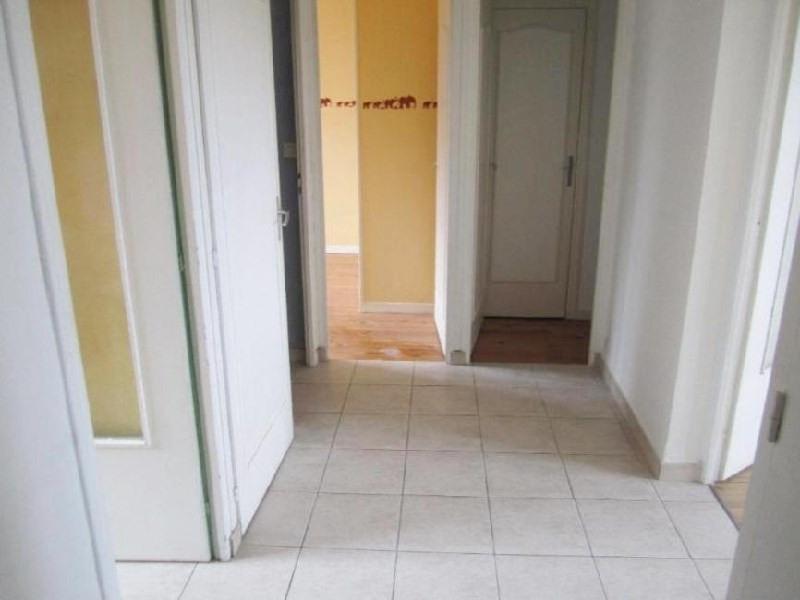 Rental apartment Lyon 8ème 805€ CC - Picture 5