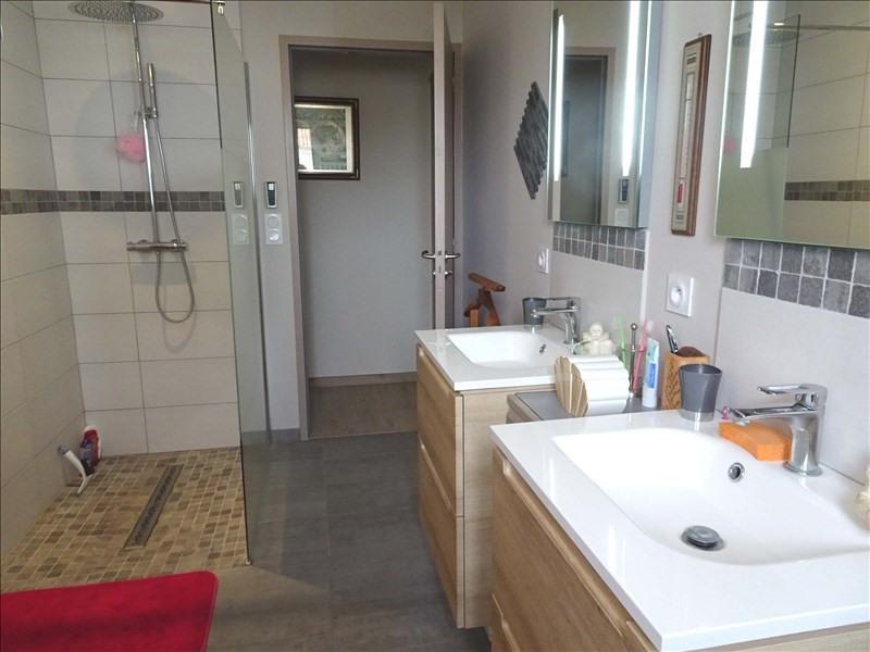 Sale house / villa Aytre 441000€ - Picture 2