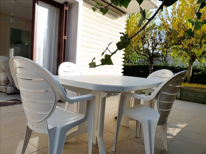 Sale apartment Royan 119600€ - Picture 1