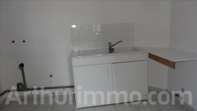 Location appartement Lodeve 550€ CC - Photo 3