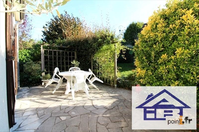 Sale house / villa Mareil marly 690000€ - Picture 2