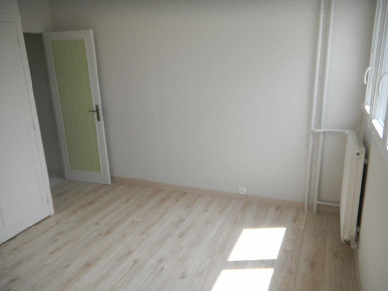 Rental apartment Troyes 750€ CC - Picture 7