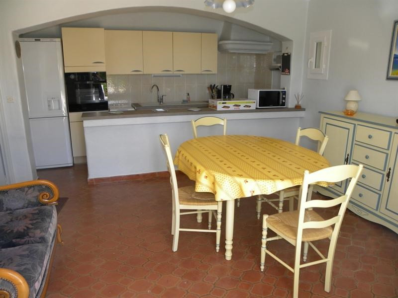Location vacances appartement Bandol 500€ - Photo 5