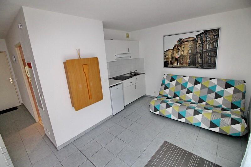 Rental apartment Nice 550€ CC - Picture 2