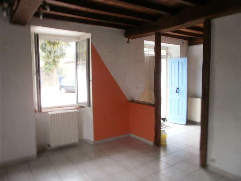 Location maison / villa Gan 880€ CC - Photo 4