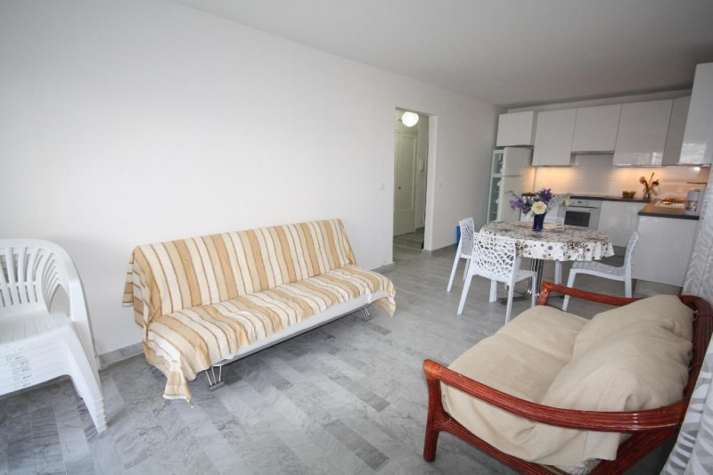 Rental apartment Juan les pins 1 060€ CC - Picture 6