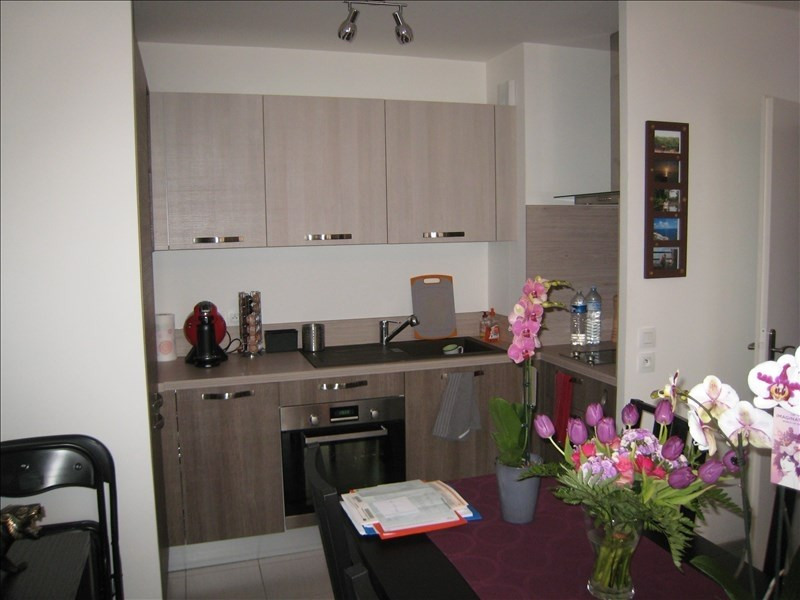 Rental apartment Osny 793€ CC - Picture 2
