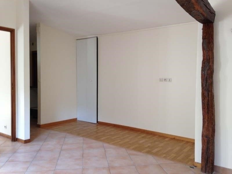 Rental apartment Chaumont en vexin 490€ CC - Picture 1