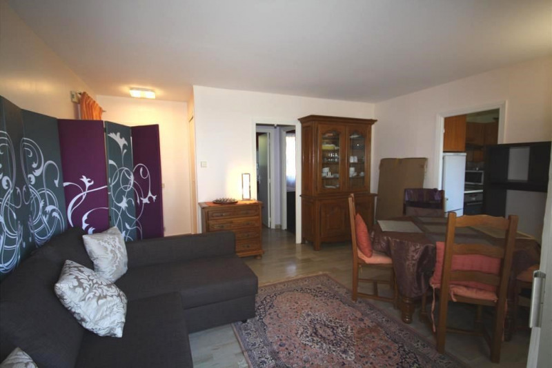 Location appartement Antibes 960€ CC - Photo 1
