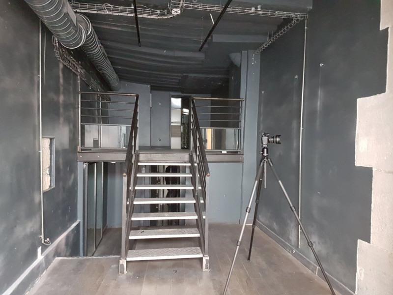 Rental empty room/storage Paris 4ème 12500€ CC - Picture 5