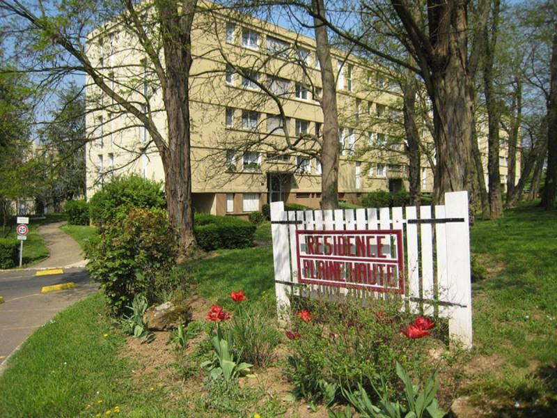 Rental apartment Crosne 800€ CC - Picture 1