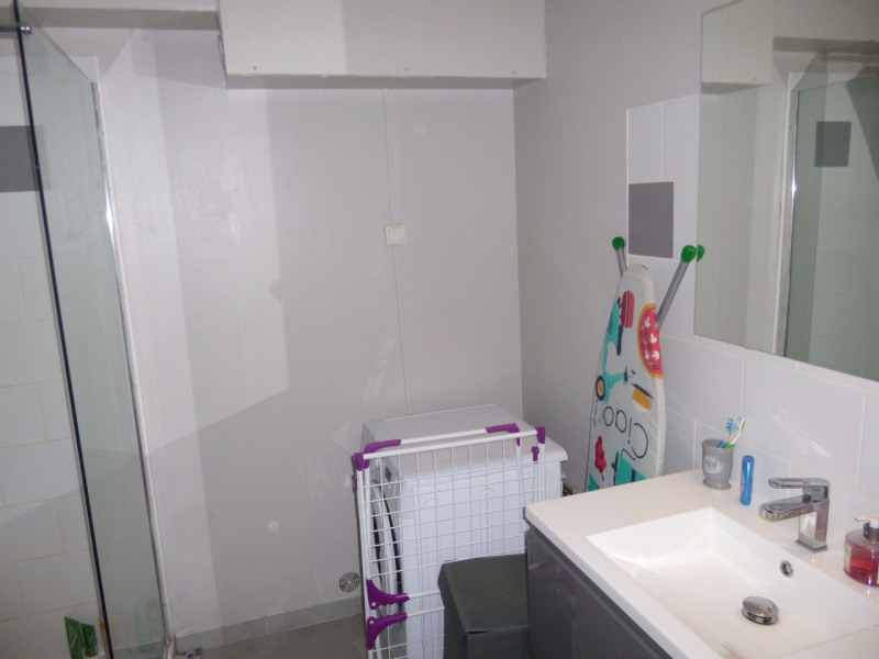 Rental apartment Althen des paluds 558€ CC - Picture 13
