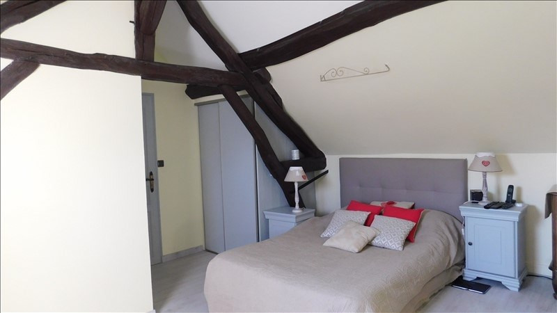 Sale house / villa Villeneuve sur yonne 208650€ - Picture 8