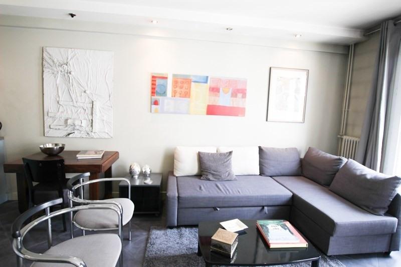 Verhuren  appartement Paris 8ème 2500€ CC - Foto 3