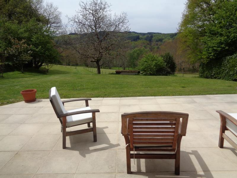 Sale house / villa Bessines sur gartempe 418000€ - Picture 8