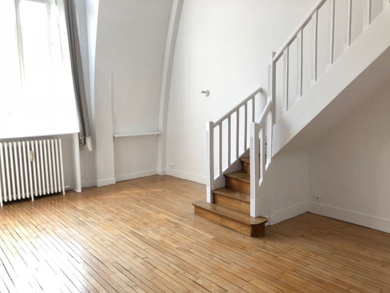 Rental apartment Paris 17ème 1552€ CC - Picture 2