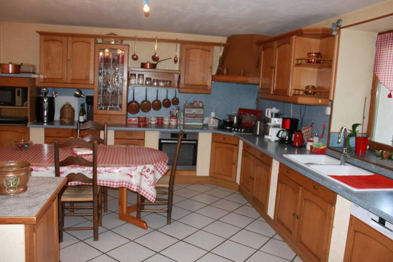 Sale house / villa Montseveroux 364500€ - Picture 9