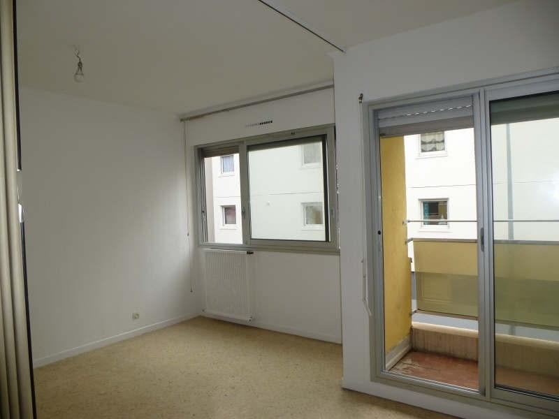 Rental apartment Nimes 375€ CC - Picture 1