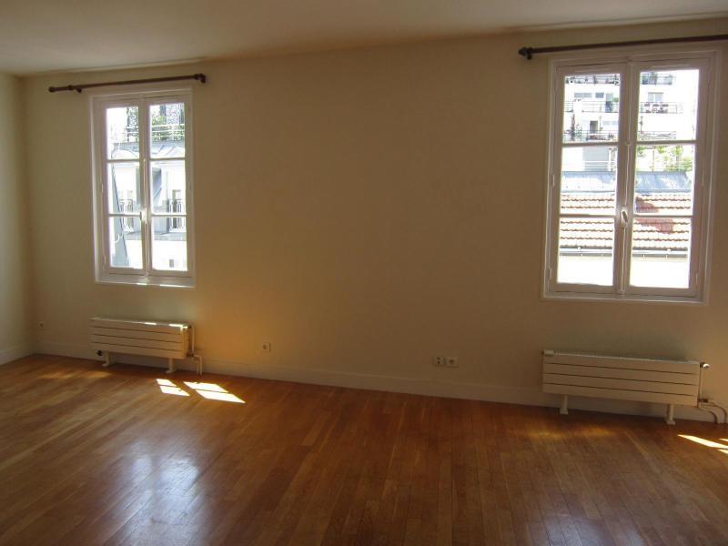 Location appartement Paris 14ème 1650€ CC - Photo 2