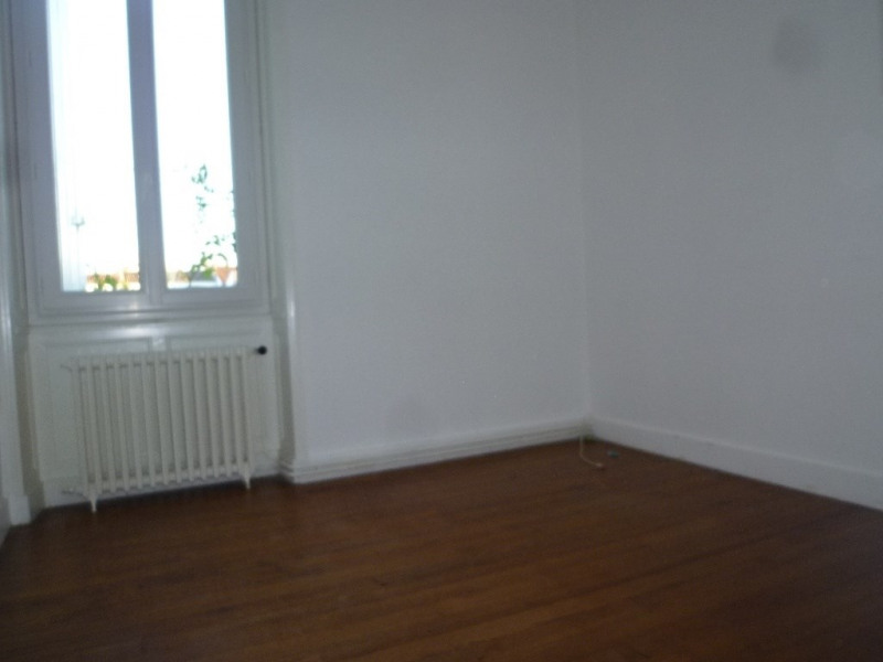 Location maison / villa Cognac 625€cc - Photo 5