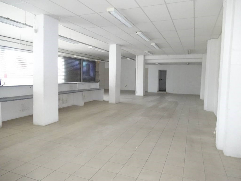 Rental office Avignon 3 260€ CC - Picture 3