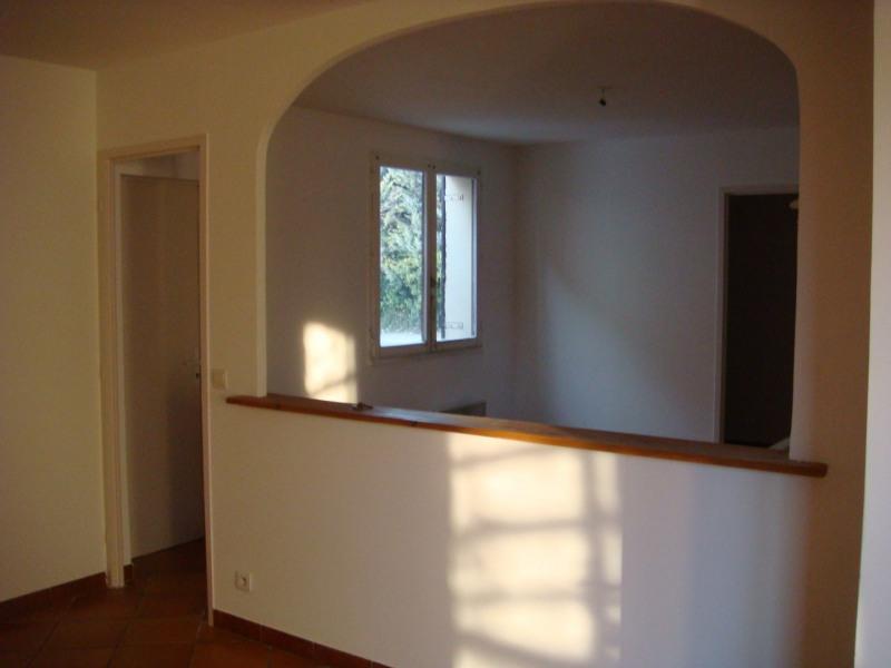 Rental house / villa Venelles 1150€ CC - Picture 1