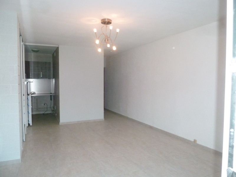 Location appartement Oullins 471€ CC - Photo 2