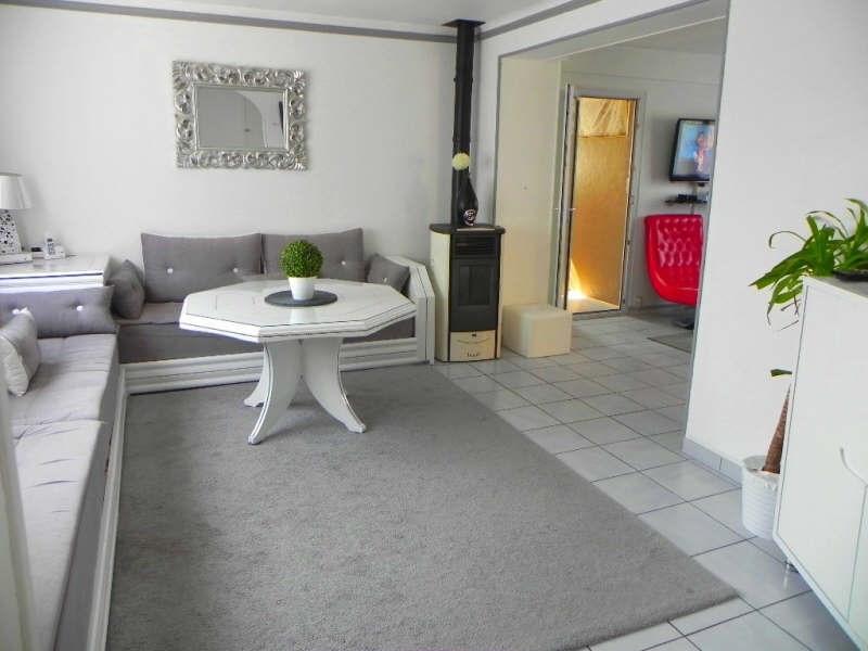Revenda casa Chanteloup les vignes 310000€ - Fotografia 2