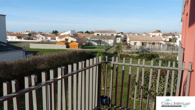 Sale apartment Chateau d olonne 241500€ - Picture 2