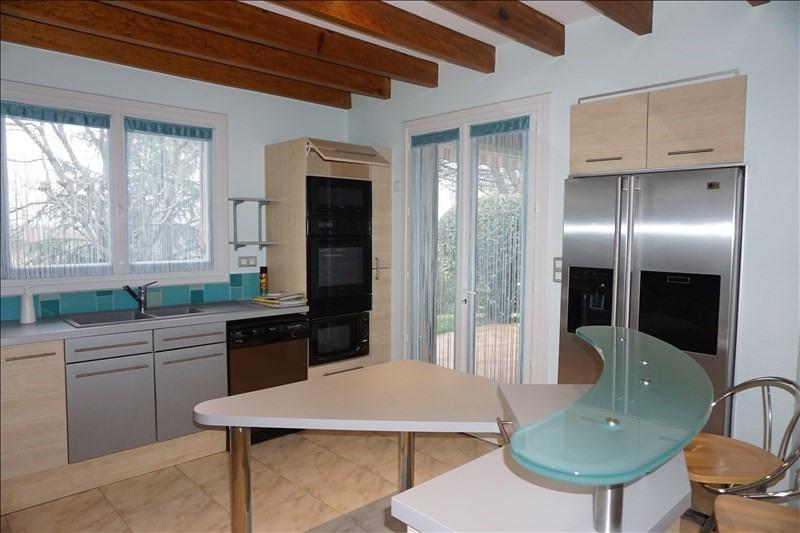 Sale house / villa Libourne 299000€ - Picture 4
